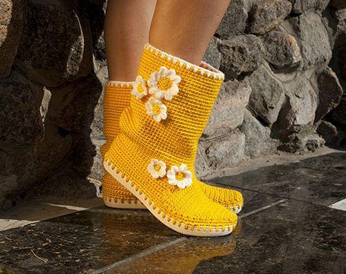 В'язані чобітки ручної роботи