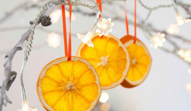 Засушені кружечки апельсина в декорі