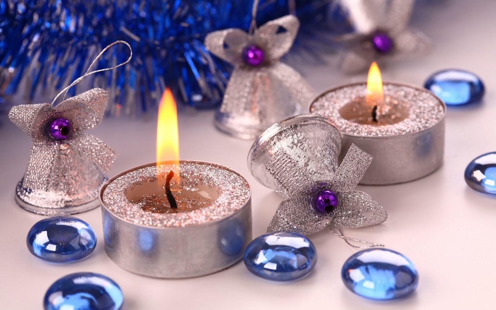 Святкові новорічні свічки