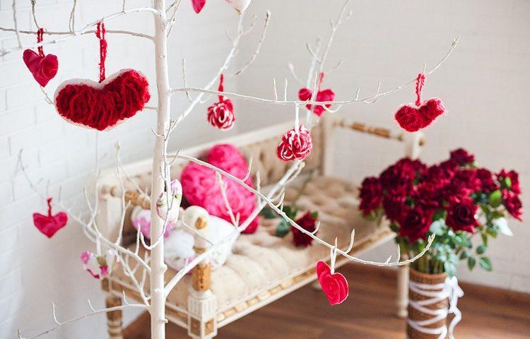 Декор будинку на День святого Валентина
