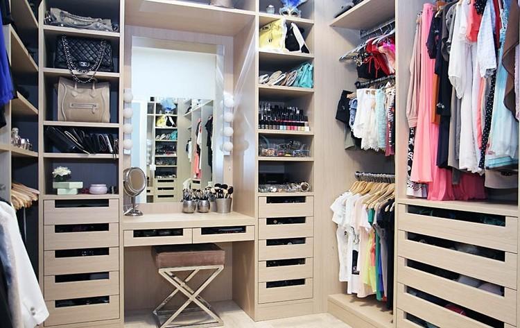 Сучасний дизайн гардеробної кімнати