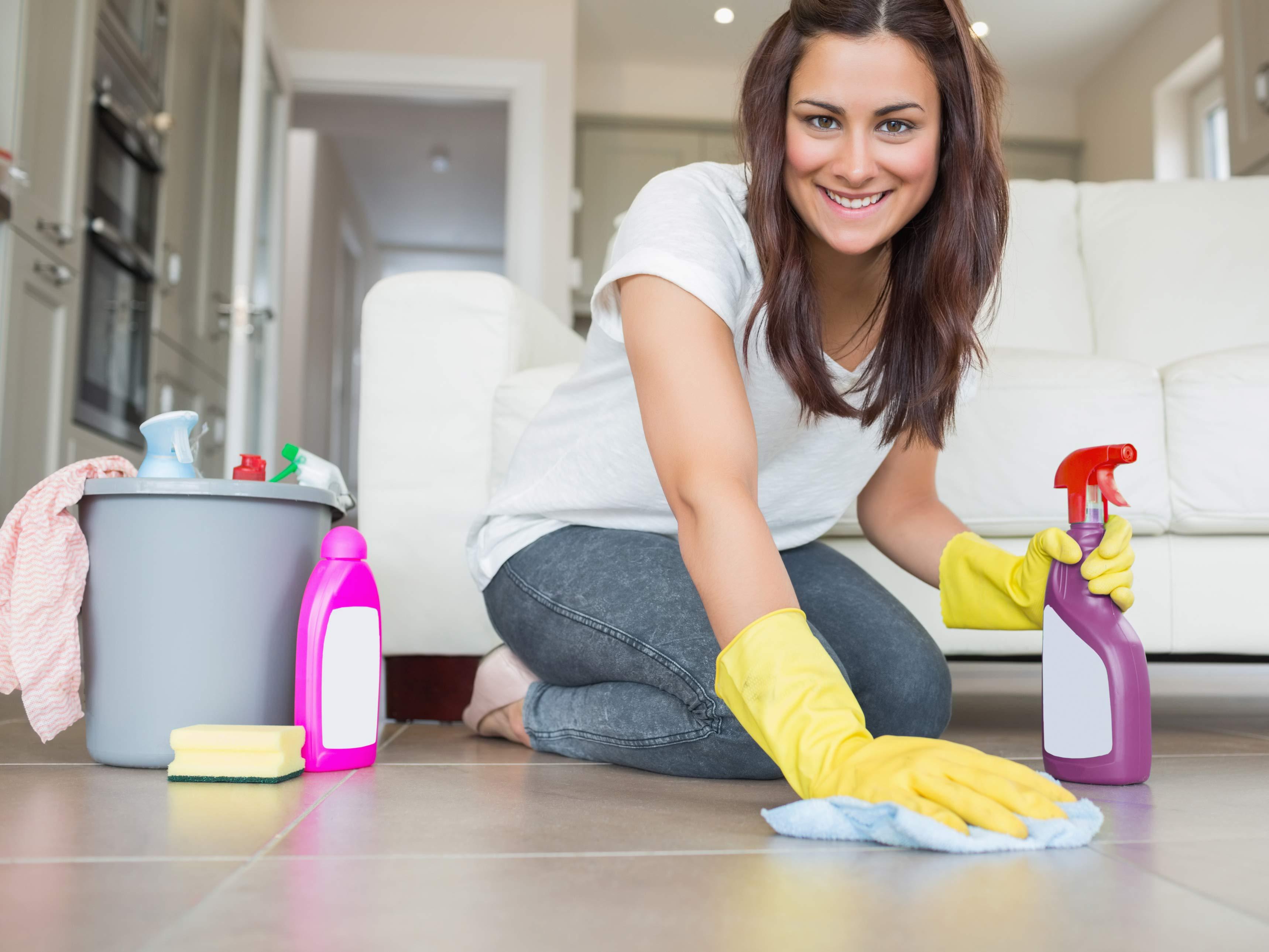 Як зробити прибирання за декілька хвилин до приходу гостей