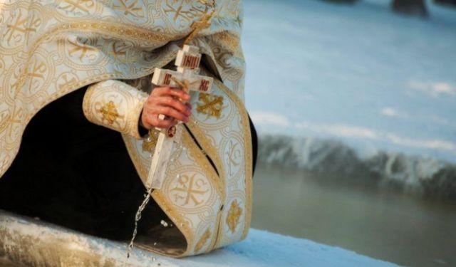 Все про Хрещенську воду