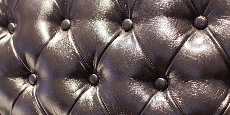 Каретна стяжка – м'якість в інтер'єрі