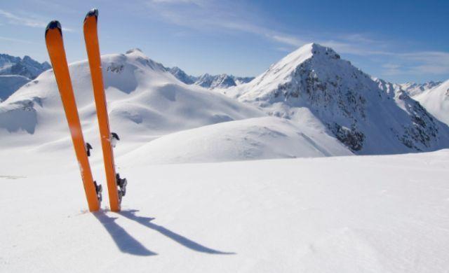 Обираємо лижі для зимового відпочинку