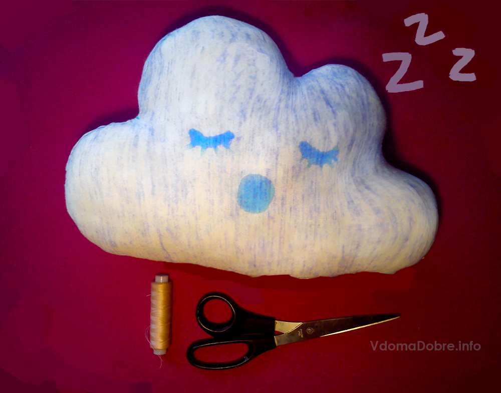 Подушка іграшка в дитячу кімнату