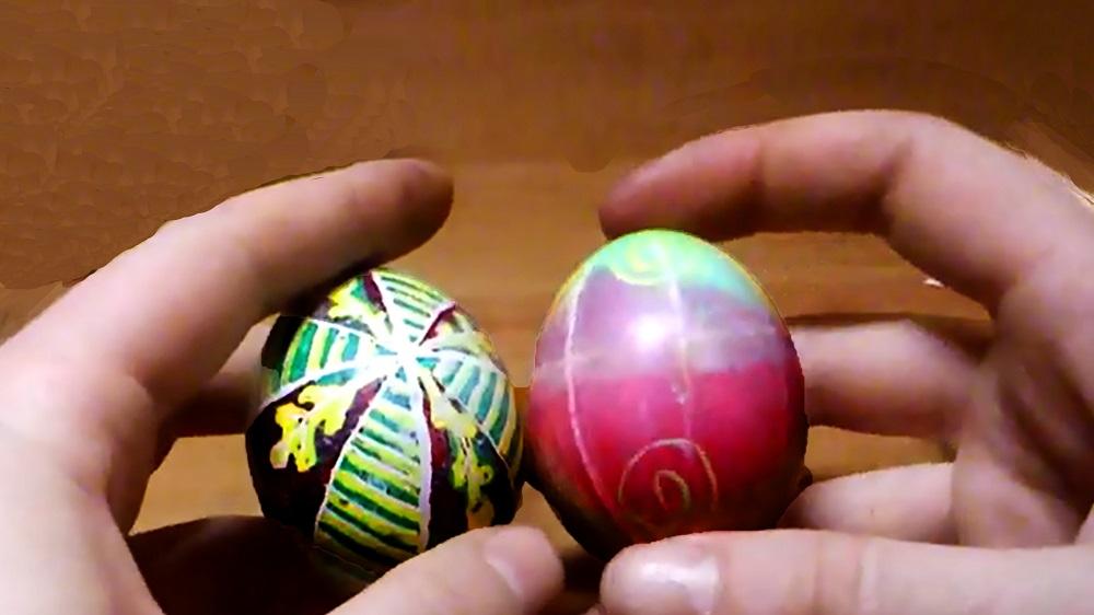 Як можна розписати яйця на Великдень