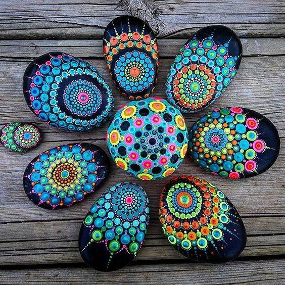Розфарбовуємо камінці - цікаі ідеї