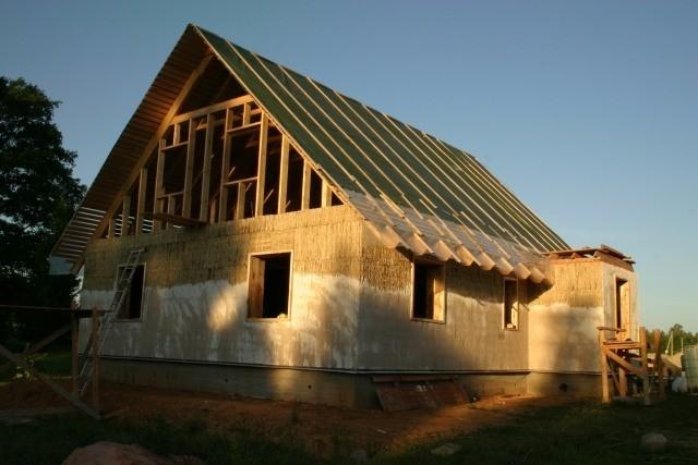 Будинок з соломи