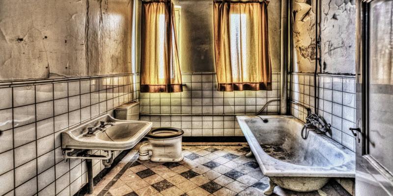 Ремонт ванни силіконовою латкою