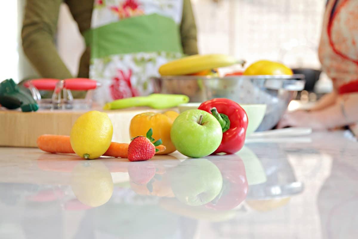 Як правильно зберіати овочі та фрукти